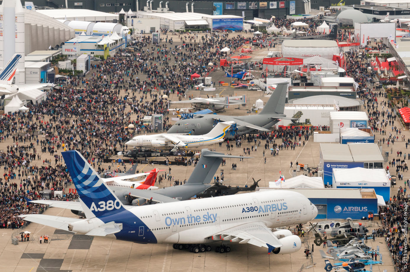 B hler edelstahl stays on its path to success at le for Salon de l aviation le bourget