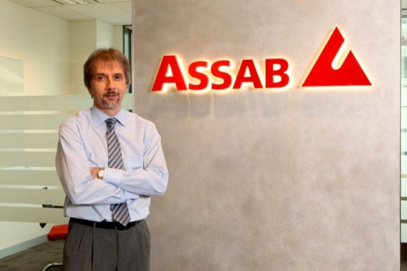 Thomas Habeler, Managing Director of ASSAB Pacific, sees a trend towards higher-alloyed materials in Vietnam: mould makers for plastic injection moulding (e.g. for LEGO), the aluminum extrusion segment (e.g. for window profiles), increasing numbers of electronics suppliers and the first automotive supplier are all significant steps towards higher quality