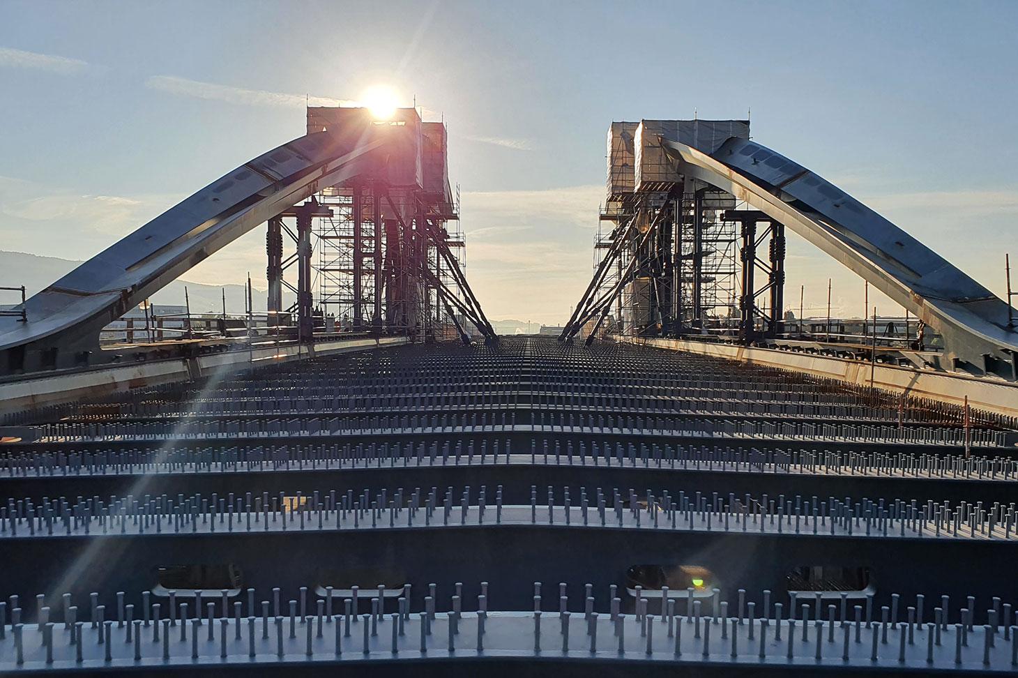 Die neue Linzer Donaubrücke