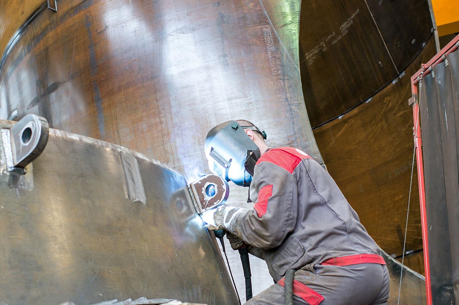Die Druckrohrleitungen, für welche die voestalpine den Stahl entwickelte und lieferte, der den enormen Bedingungen standhält und eine Lebensdauer von 100 Jahren garantiert.